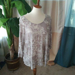 Chalet Size M Beige White Floral Semi Sheer top